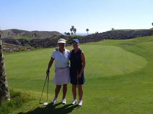 Ellen & Kim at the 8th green.........