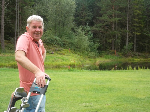Jan on a sunny day at his home course in Bergen.....