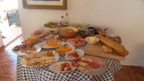 a fantastic selection of tapas...........